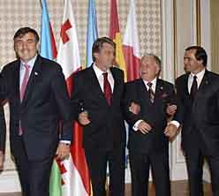 Коалиция. Фото с сайта tata2039.narod.ru